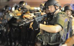 Mỹ trang bị vũ khí hạng nặng cho cảnh sát
