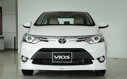 Bất chấp lệnh triệu hồi, Toyota giảm giá mạnh hai mẫu Vios và Innova trong tháng cô hồn