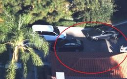 """Vừa có tin Brad Pitt """"đòi ly hôn bằng được"""", lại thấy xe đỗ ngay trước cửa nhà Angelina Jolie"""