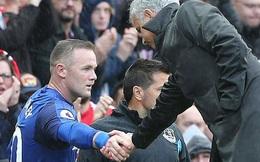 Lukaku, hãy nhìn cái cách người Man Utd đối xử với Rooney!