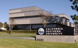 """""""Chân dung"""" 2 trường đại học Mỹ cấp bằng cho Bí thư Đà Nẵng"""