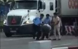 Nghi tài xế bị đánh vì trả tiền lẻ qua trạm BOT