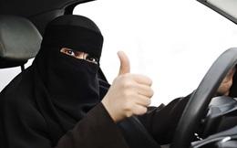 Bỏ lệnh cấm phụ nữ lái xe, Saudi Arabia lợi hàng tỉ USD