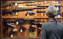 Las Vegas: Mua súng dễ như mua rau, thoải mái mang vào sòng bạc, quán bar