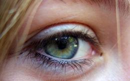 Cày game mobile 24 tiếng liên tục, một cô gái Trung Quốc đã bị mù một bên mắt