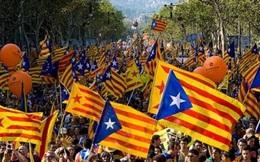 Tây Ban Nha sẽ tước quyền tự trị nếu Catalonia mập mờ về độc lập