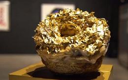 Cuộc sống bí mật của giới siêu giàu: Ăn bánh rán dát vàng, được giao hàng bằng xe Rolls-Royce