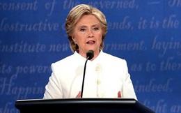 """Bà Hillary: Hãy """"canh chừng"""" ông Putin"""