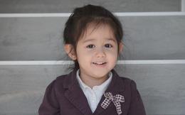 """Bạn nghĩ sao khi hit """"Em gái mưa"""" của Hương Tràm được thể hiện bởi """"bé gái Tây"""" 4 tuổi cực đáng yêu này?"""