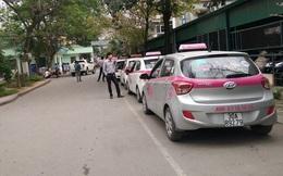Bị tố độc quyền taxi, Bệnh viện Bạch Mai nói gì?