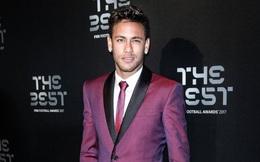Đến Paris, Neymar lột xác thành quý ông đào hoa