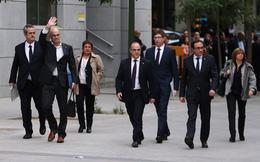 Các quan chức cũ của Catalonia bị bắt giữ đồng loạt