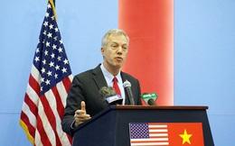 """Đại sứ Ted Osius dùng hình ảnh """"đi xe máy"""" để nói về quan hệ Việt-Mỹ"""