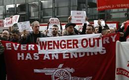 Đến bao giờ mới hết khổ khi làm fan Arsenal?