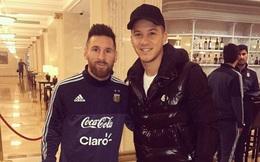 Lionel Messi ân hận và phải xin lỗi vì nhầm cầu thủ đồng hương là... CĐV