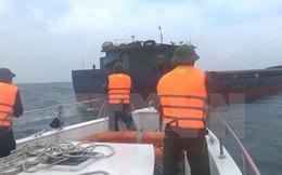 Cứu hộ 11 thuyền viên trên tàu chở hàng bị chập điện trên biển