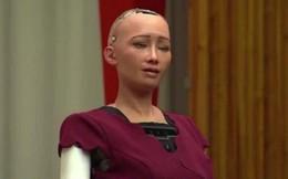 Robot Sophia được trao quyền công dân: Liệu có quá nhiều đặc lợi?