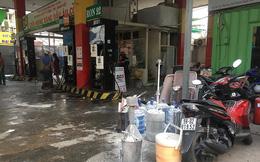 Cửa hàng xăng dầu bốc cháy, dân hốt hoảng tháo chạy
