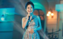 Gặp sự cố, Hương Tràm vẫn hát live Em gái mưa cực đỉnh, khiến khán giả phát cuồng