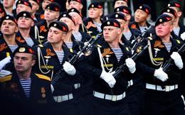 """""""Tử thần đen"""": Những chiến dịch nổi danh nhất của lính thủy đánh bộ Nga"""