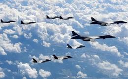 """Nhất loạt tập trận sát biên giới Triều Tiên, Nga và Trung Quốc """"bắn cảnh cáo"""""""