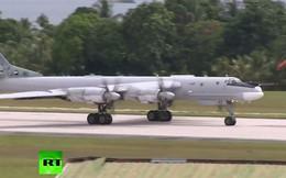 """""""Gấu Nga"""" Tu-95 lần đầu sải cánh tuần tra trên Thái Bình Dương"""