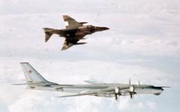 Thú tiêu khiển không ngờ trên trời của phi công Liên Xô, Mỹ trong Chiến tranh Lạnh
