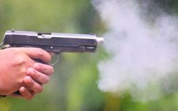 Người đàn ông bị chĩa súng nhựa vào đầu, cướp tài sản ở Sài Gòn