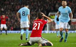 """Thất bại, nhưng Mourinho phải cảm ơn """"chàng ngự lâm quân"""" của Old Trafford"""
