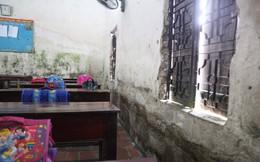 Bên trong ngôi trường xuống cấp khiến 16 học sinh bị rơi từ tầng 2 ở Bắc Ninh