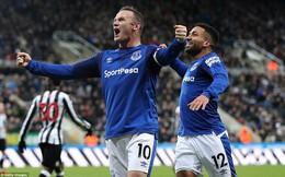"""Ghi bàn như máy, """"kẻ hết thời"""" Rooney đường hoàng đua Vua phá lưới với Salah, Aguero"""