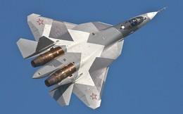 """Tưởng bị """"bức tử"""" nhưng Su-57 vẫn sống khỏe: Quay ngoắt 180 độ!"""