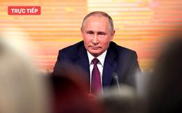 Đối thủ tranh cử đối mặt ông Putin trong họp báo, tổng thống Nga chỉ trích đanh thép