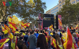 Phe ly khai chiếm ưu thế nhỏ trong thăm dò trước bầu cử Catalonia
