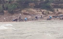 Cầu treo gãy đôi, 1 học sinh rơi xuống sông mất tích