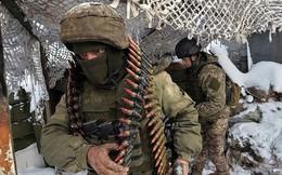 """Thành """"sàn đấu"""" giữa Mỹ-NATO và Nga, Ukraine rơi thế nguy hiểm"""