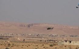 """""""Thợ săn đêm"""" Nga xịt tên lửa thổi tung xe tăng phiến quân Syria"""