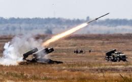 """""""Sát thần"""" nhiệt áp Nga TOS-1A hủy diệt IS tại Syria, Iraq"""