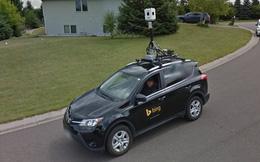 """Xe Google chạm trán xe Microsoft trên phố: Chiến đấu """"1 mất 1 còn"""" theo cách không thể độc đáo hơn"""