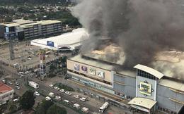 Cháy lớn ở trung tâm thương mại Philippines, có thể hàng chục người thiệt mạng
