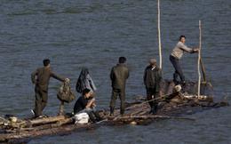 """Tư thương Trung Quốc cướp việc của """"con phe"""" buôn lậu Triều Tiên"""