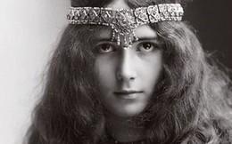 """Cuộc đời kịch tính của """"gái làng chơi"""" Paris được mệnh danh là """"tổ nghề Celeb"""" nổi tiếng nhờ các tin đồn và scandal"""