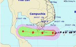 Chuyên gia thời tiết: Dù bão số 16 suy yếu nhưng vẫn có những nguy hiểm đáng quan tâm