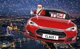 Tesla biến xe hơi của khách hàng thành xe tuần lộc với chế độ Santa Mode độc đáo