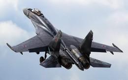 Vì sao Su-35 cần máy bay vận tải dẫn đường sang Trung Quốc?