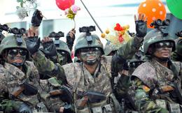Những hình ảnh hiếm hoi về đặc nhiệm Triều Tiên bên lề cuộc duyệt binh tháng 4/2017