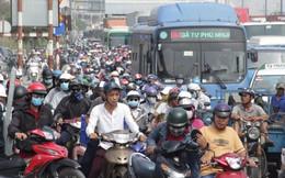 Kẹt xe kinh hoàng từ sáng đến hơn 12h trưa ở xa lộ Hà Nội