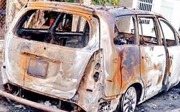 Hai đối tượng trốn nã trong vụ hỗn chiến, đốt xe ở Bình Định ra đầu thú
