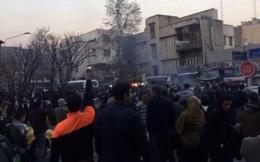 Biểu tình bạo lực chống chính phủ chưa từng có bùng nổ ở Iran