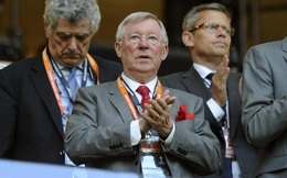 """Mourinho """"rỉ tai"""" Sir Alex điều gì sau khi cùng Man United vô địch?"""